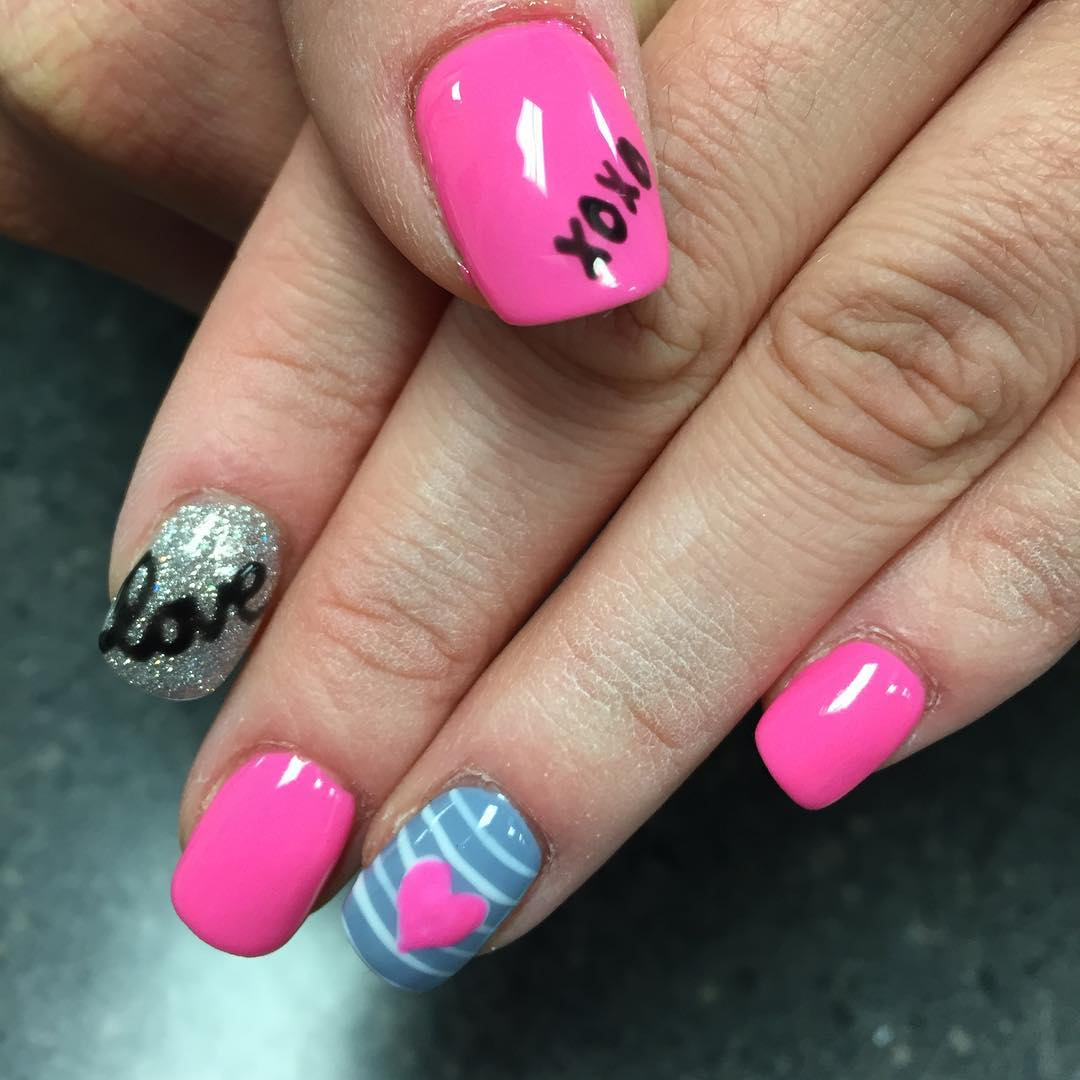 14 Flirty And Romantic Valentines Day Nail Art Designs
