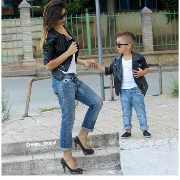 Cute Mother Son Outfit Ideas 5