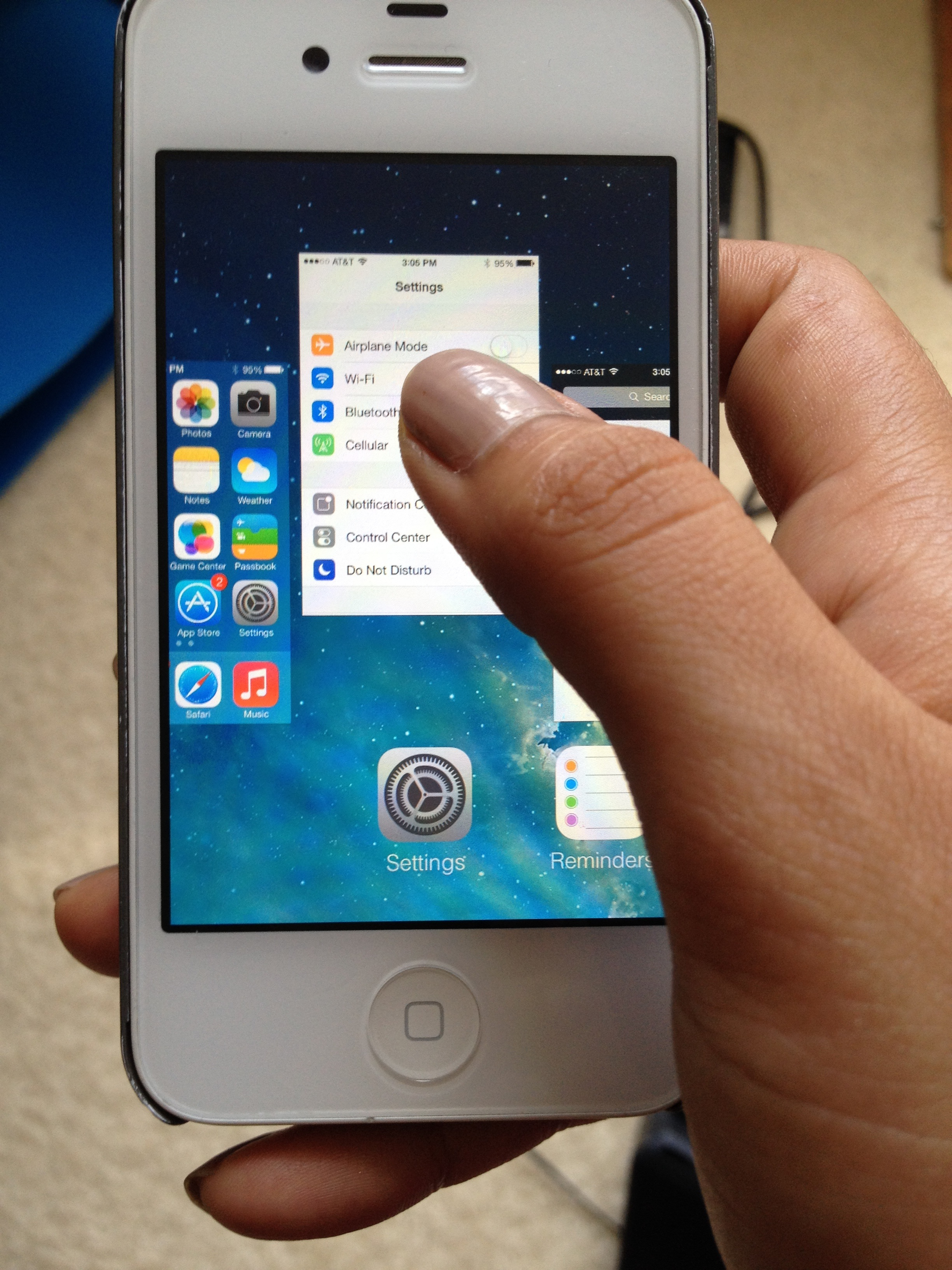 How to Close your Background Running Apps in iOS 7