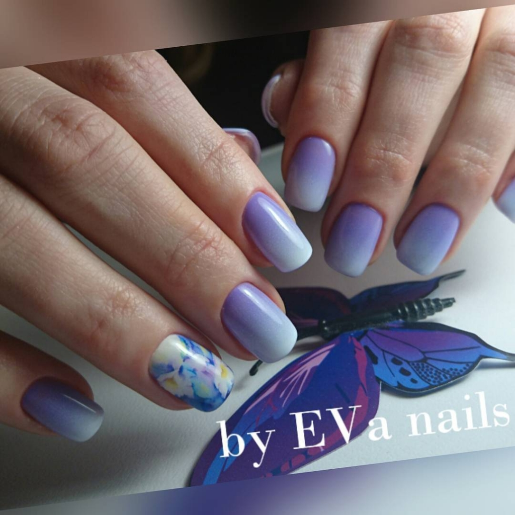 Ombre Nails | Floral Nail designs for spring