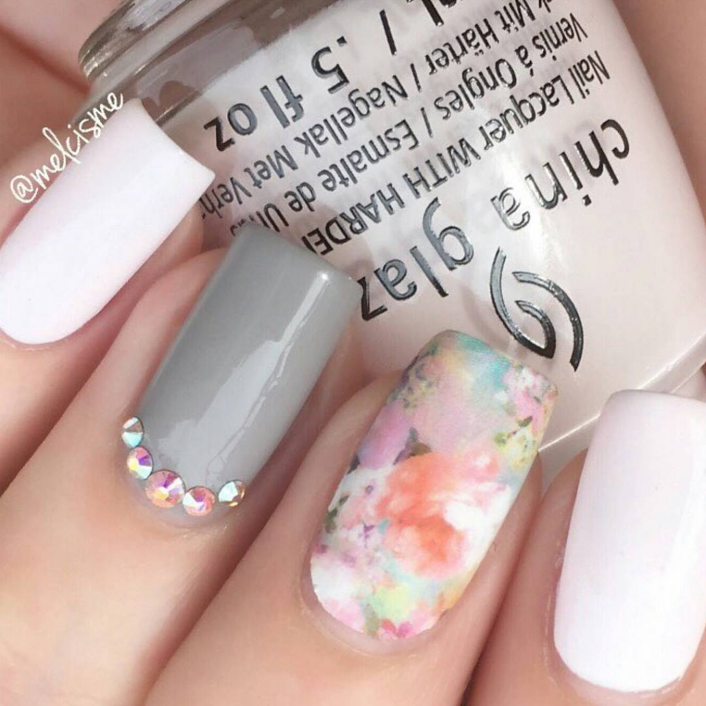 Spring Flowers | Floral Nail Art designs for spring
