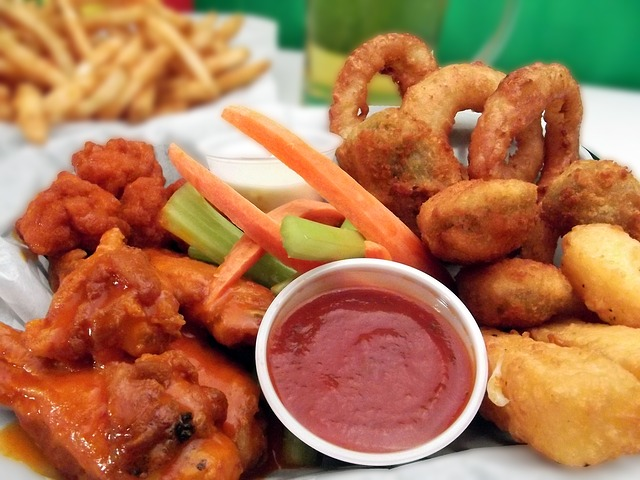 Chicken Wings Onion Rings and Dip
