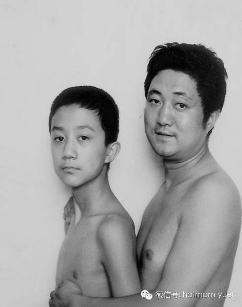 Father and Son Take Same Picture in 1997