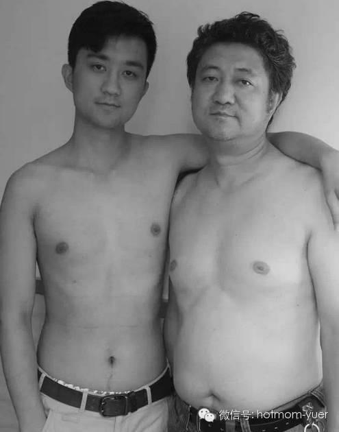 Father and Son Take Same Picture in 2010