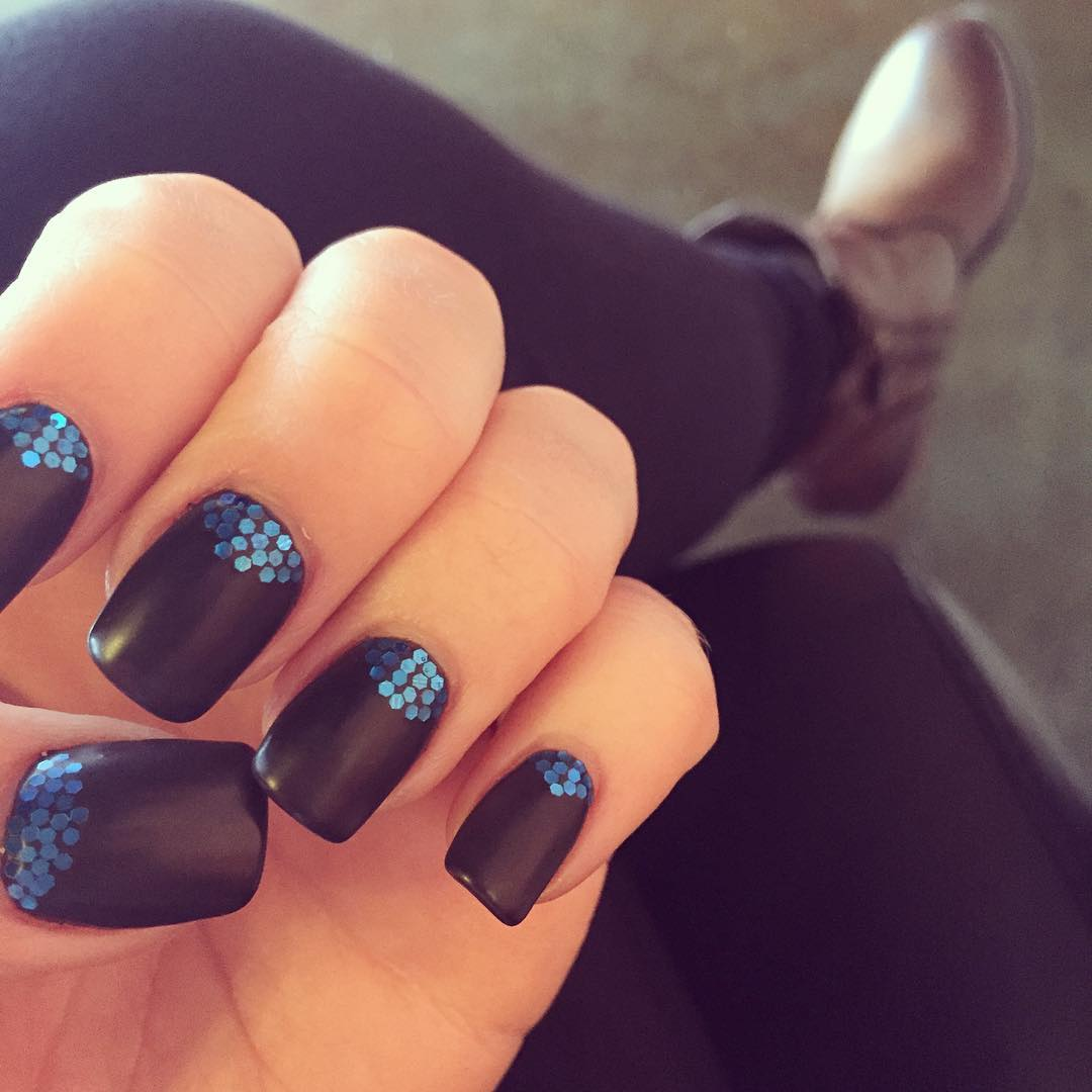 Simple Nail Art for Carolina Panthers