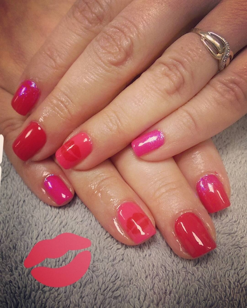 Red and Pink Ombre Nails | Valentine's Day Nail Art Design