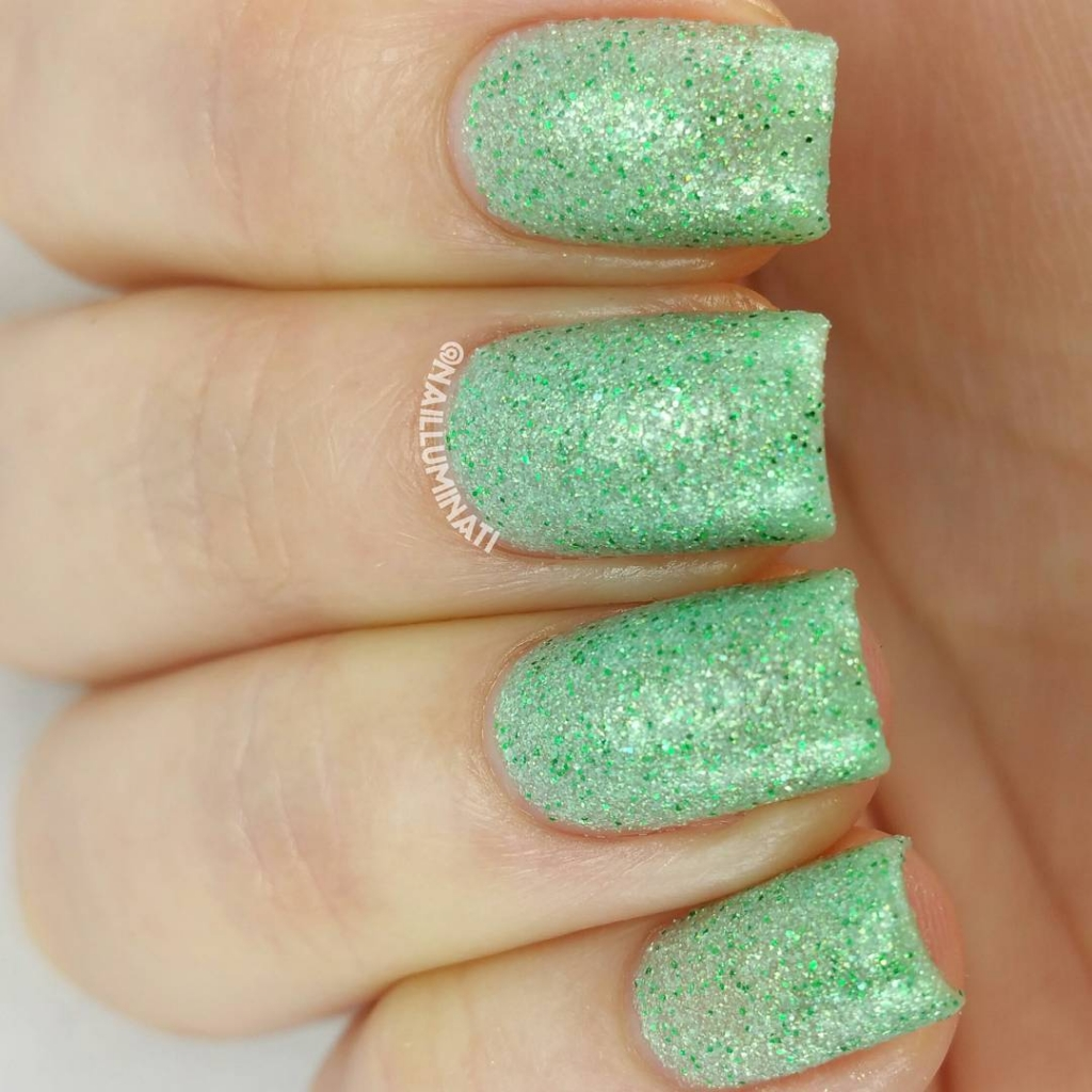 Green Pixie Dust | Textured Nails For this Spring