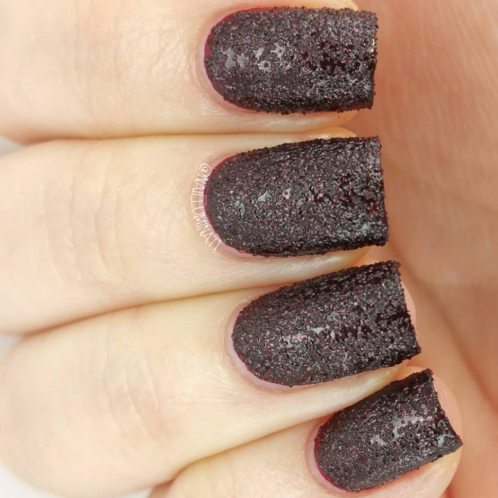 Gritty Volcanic Ashes | Textured Nails For this Spring