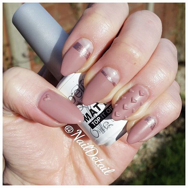 Textured Nails with Embossed Hearts