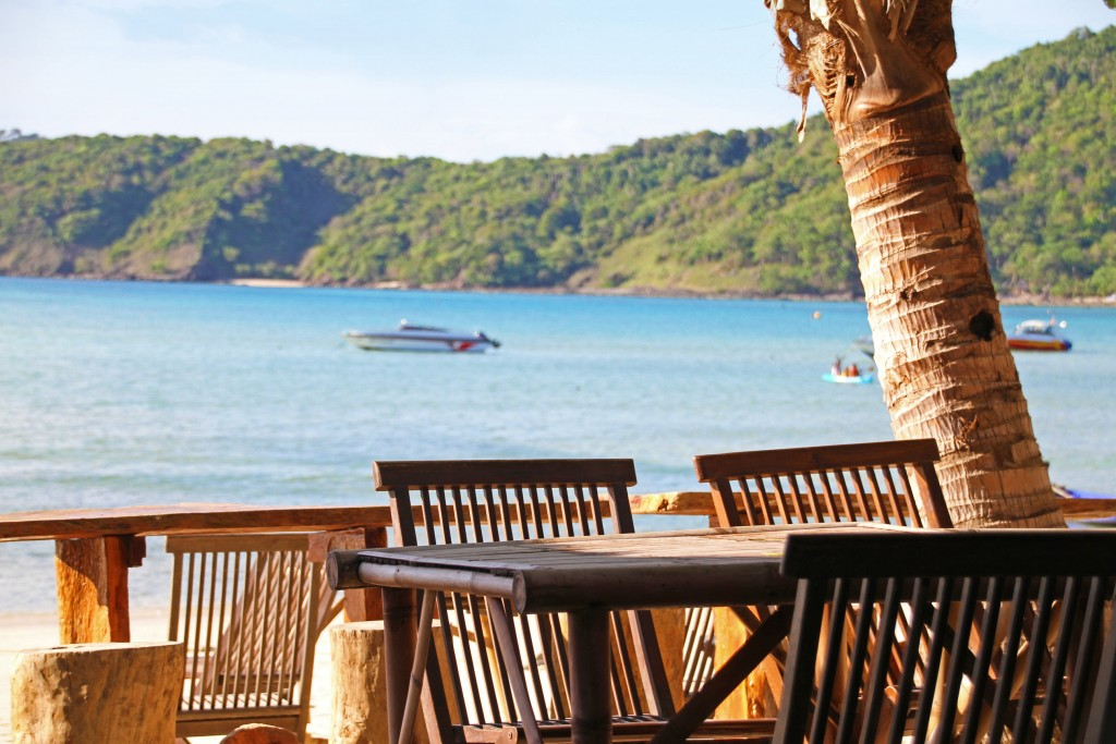 Beach Restaurant Via Fancy Crave